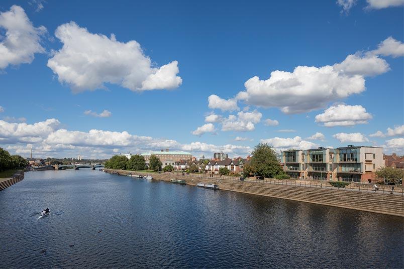 Balmoral-Avenue-river
